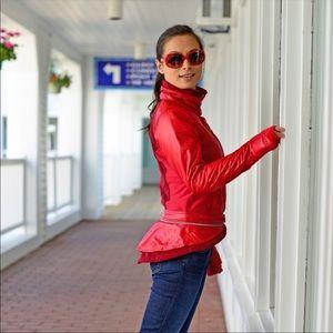 Lululemon red Pedal Power waterproof Jacket size 6